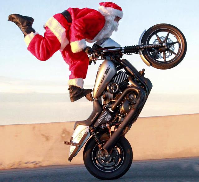 Quando Babbo Natale va in moto