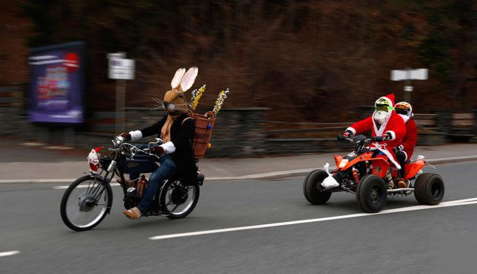 Babbo Natale e il Coniglio pasquale
