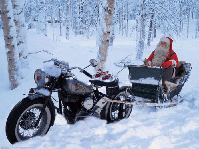 In moto con Babbo Natale
