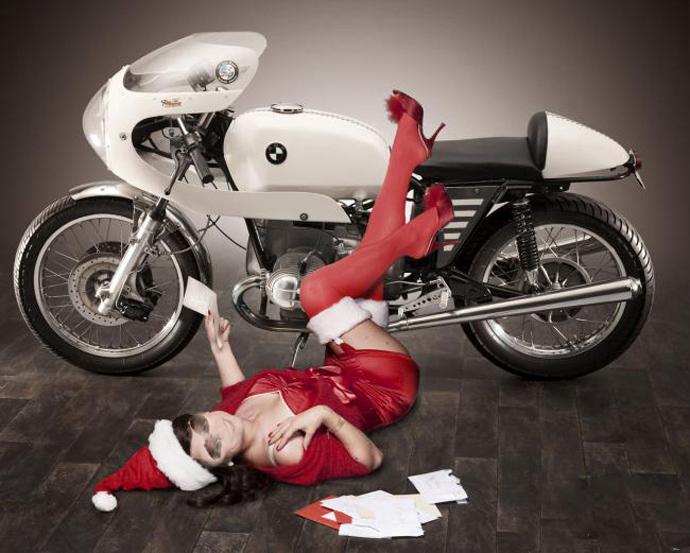 donna-moto-natale