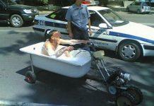 La polizia ha fermato un'altro T-Max in eccesso di velocità