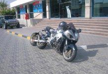 Super moto a tre ruote